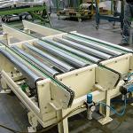 foerdertechnik-komponentenfurdiefordertechnik-winkelubergabealsrollenundkettenforderer