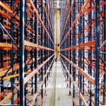 lagertechnik-automatischeregalanlagen-hochregallagergassefureuropalettenmitkurvengangigenregalfahrzeugen